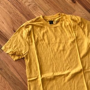 BDG Slim Fit Crew Neck NWOT